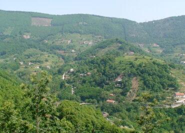 Le stagioni della costiera - Il Colle di S. Maria al centro della valle di Tramonti